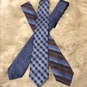Blue pattern Neck ties.
